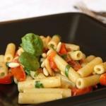 Sedanini con spinacini e pomodorini. Sfida a Braccio di Ferro