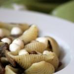 Pasta con funghi, mozzarella e lenticchie. Beh ma…allora ditelo!