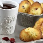 Madeleines ai cranberries e zenzero. Something Red: con la gobba è meglio!