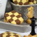 Checkerboard cookies: scacco matto!