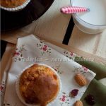 Muffins al marzapane e cranberries. Something red: Spring is in the air