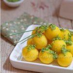 Quanti modi di fare e rifare: gnocchi di semolino allo zafferano con pesto di erba cipollina