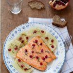 Salmone glassato con finocchi e melagrana. Something Red: E tu come sei?
