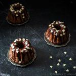 Mini bundt al cacao glassate…e buon San Valentino
