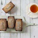 Plum cake al tè chai: profumo di spezie e cioccolato